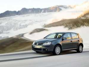 Volkswagen-Golf_2004_800x600_wallpaper_2b
